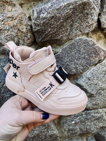 Детские весение ботинки для девочки 32-37