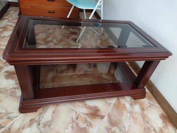 Mesa de centro em madeira e vidro