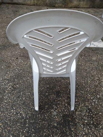 Cadeira jardim branca
