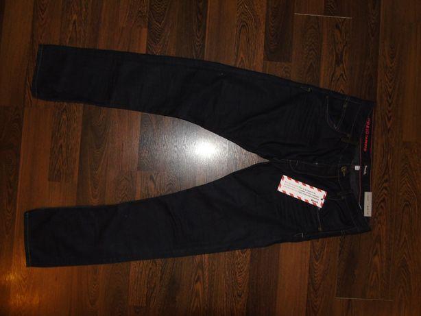 Bench 32/34 Spodnie Piękne Nowe Slim