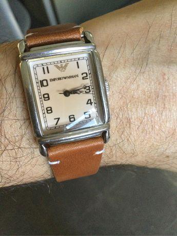 Relógio Armani Vintage 1993 com 2 braceletes de pele