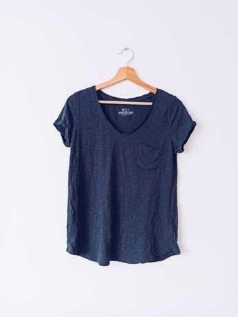 Granatowy bawełniany t-shirt z kieszonką i dekoltem V XS