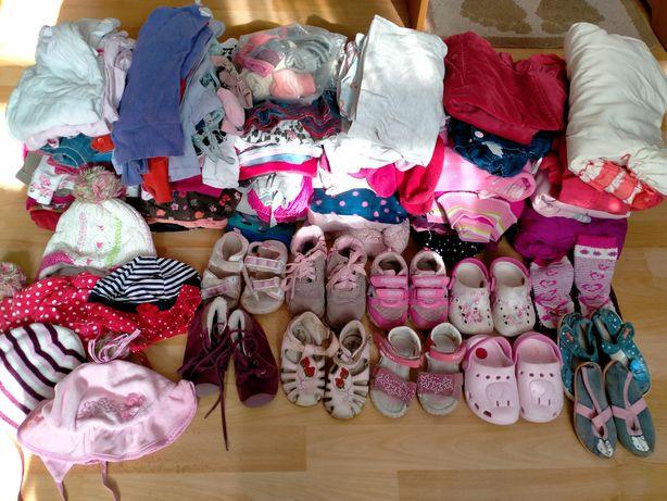Продам одяг і взуття для дівчинки
