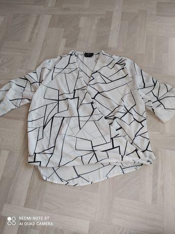 Блузка с оригинальным дизайном