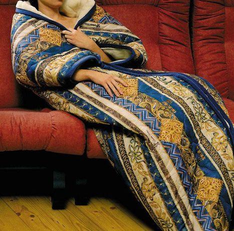 Одеяло-спальный мешок из овечьей шерсти.Цвет коричнево-рыжий.