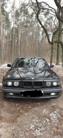 Продам BMW 730ie32