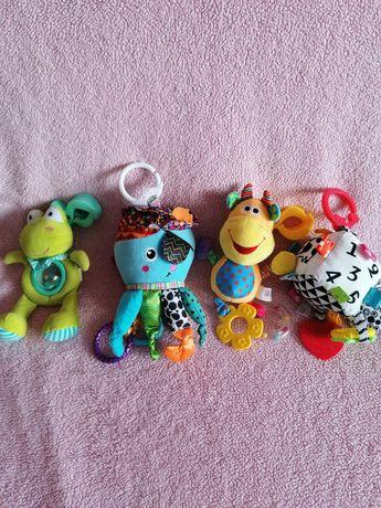 Zabawki zawieszki niemowlęce.