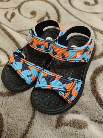 Пляжные босоножки,сандали,аквашузы