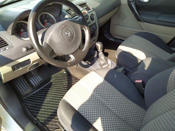 Pranie tapicerki samochodowej /kompleksowe czyszczenie wnętrz