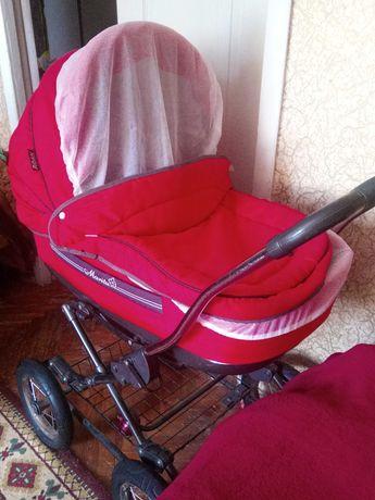 Продам коляску   люльку Roar Marita