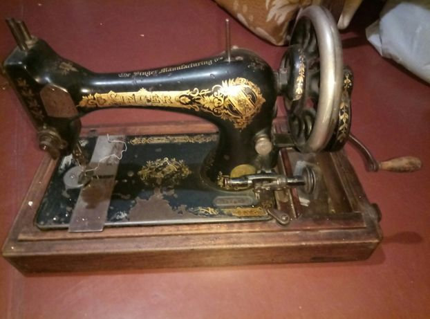 Швейная машинка singer=