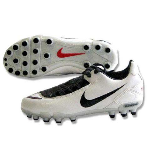 Бутсы, кроссовки для спорта Nike оригинал