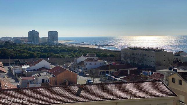 Agende já a sua visita T3 vista de mar RENOVADO junto Caximar