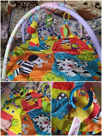 Развивающий коврик дуга и др. игрушки