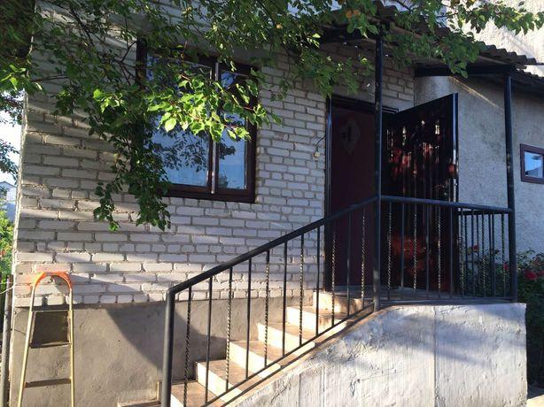 Продам 3-х кімнатну квартиру у котеджі м.Радехів