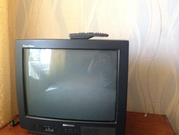 Телевизор Daewoo рабочий с новым пультом