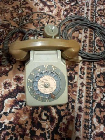antigo telefone de disco