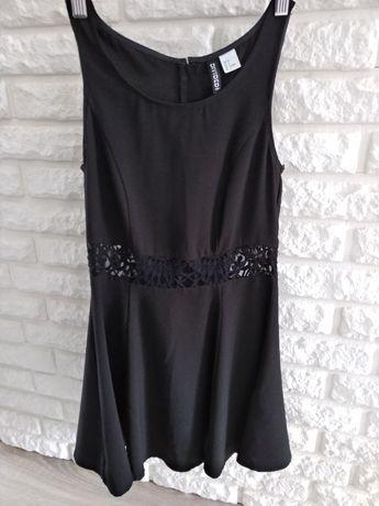 Czarna sukienka z koronką H&M