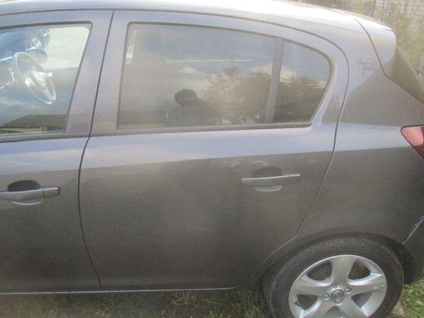 Opel Corsa D drzwi lewe tylne lewy tył Z177