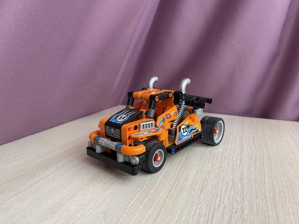 Lego Technic Гоночный грузовик 42104