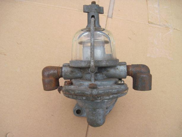 Топлівний насос газ 21 ( робочий )