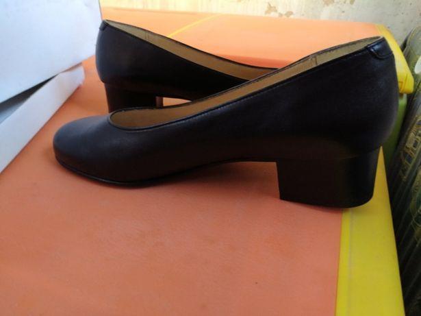 Sapatos para traje académico/farda