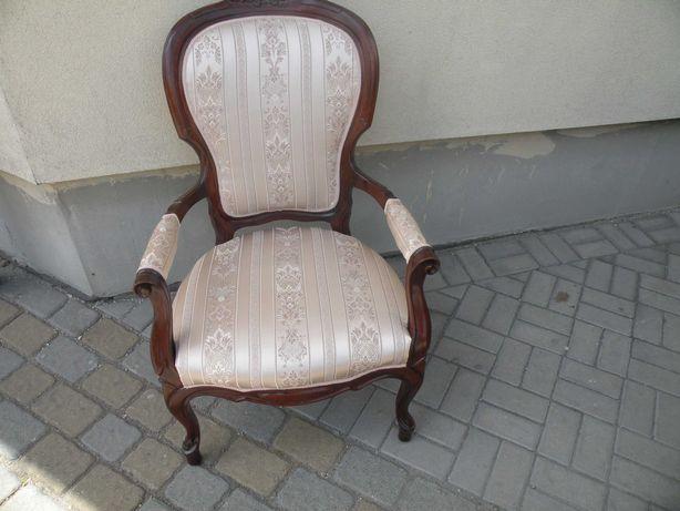 Fotel w Stylu Ludwika