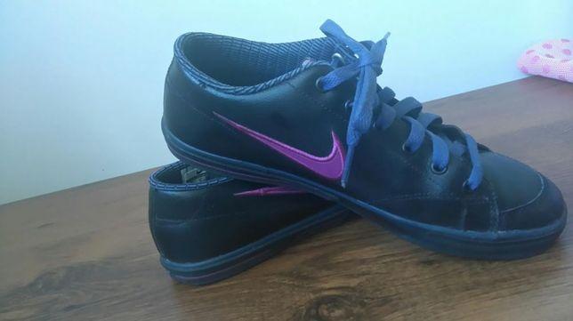 Buty sportowe NIKE 38 damskie dziewczęce WF sportowe