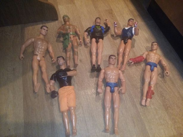 7 figurek Action man