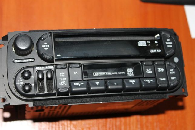 Radio Chrysler Pt Cruiser 01-04