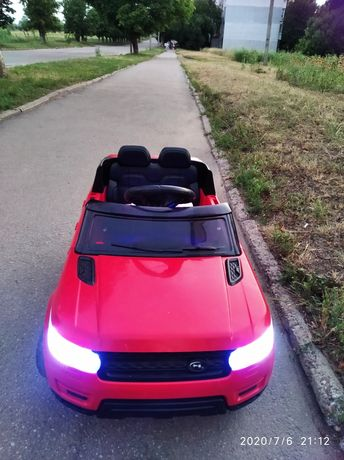 Машинка, электромобиль