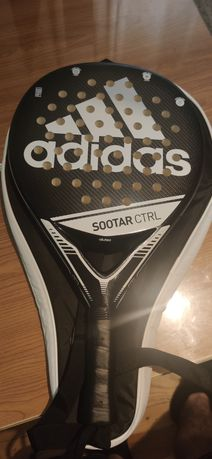Raquete Padel Adidas, apenas três jogos. Ideal para Iniciantes.