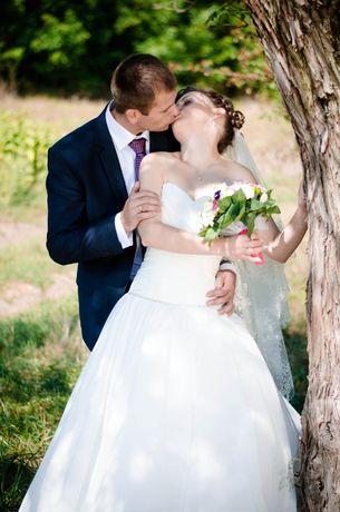Продам весільна сукння