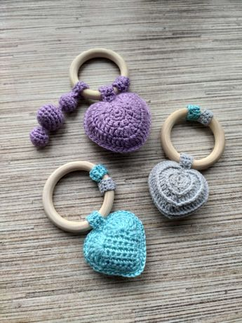 Брязкальця та гризунки для немовлят