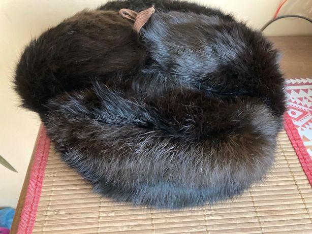 Piękna stylowa czapka na zimę - prawdziwa skóra