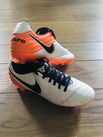 Korki Lanki Nike Tiempo Skóka 39 24.5