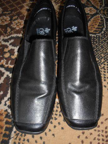 мокосіни чоловічі туфлі шкіра 44 розмір нові з Німеччини