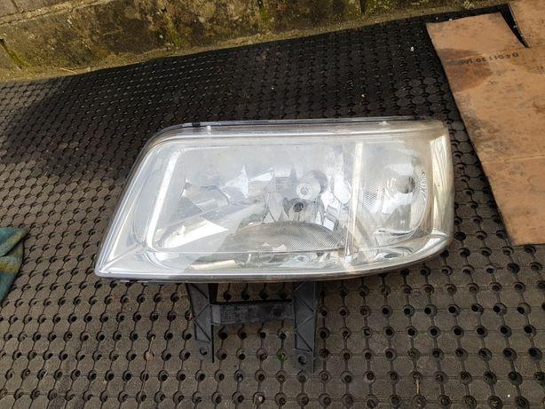 Lampa lewa transporter 5 volkswagen T5