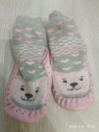 Продам тапочки/ носки / чешки для девочки 14,5 см по стельке