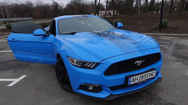 Ford Mustang Official Premium 2017
