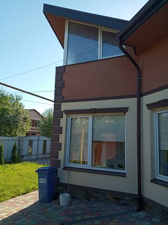 Продам будинок вул. Ярослава Мудрого.