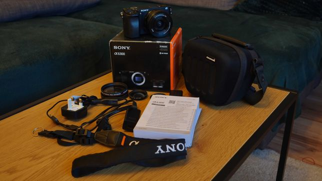 Sony a6300 + SELP 16-50mm + gratisy