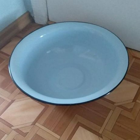 НОВАЯ! Большая эмалированная миска таз СССР.
