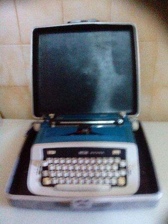 Máquina de escrever Messa SABRE