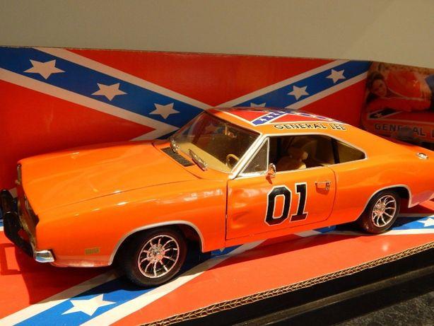 Miniatura 1:18 do Dodge Charger da serie Dukes of Hazzard General Lee