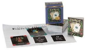 Caixa Tarot baralho + tapete + livrete instruções 88 páginas NOVO SELA