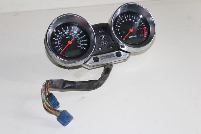 SUZUKI BANDIT GSF 600 S (00-05r) licznik zegary liczniki