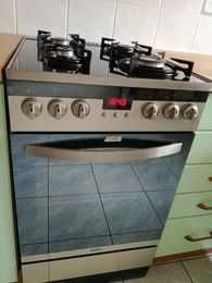 gotuj na gazie, piecz z prądem