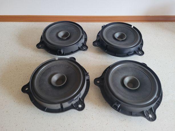 Komplet 4 szt. głośników Nissan Qashqai przód / tył