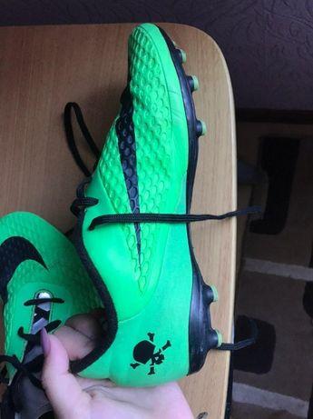 Футбольные бутсы Nike Hypervenom стелька 24 см